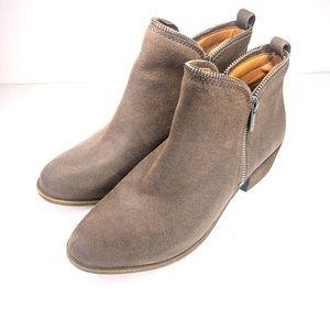 Lucky Brand Bartalino booties size 10 brown